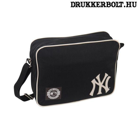 New York Yankees Messenger - NYY válltáska  (fekete-piros)