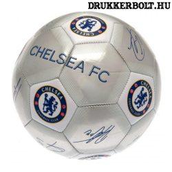 """Chelsea FC labda """"Silver Signature"""" - normál (5-ös méretű) Chelsea címeres focilabda a csapat tagjainak aláírásával"""