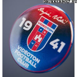 """Videoton kitűző - """"Hajrá Vidi"""" (hivatalos Klubtermék)"""