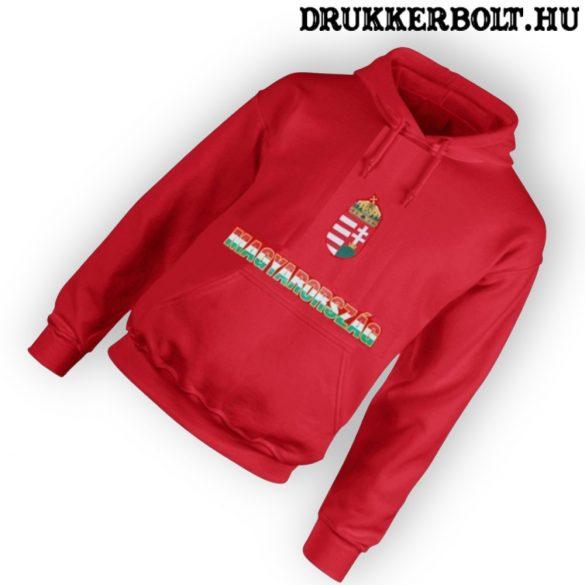 Magyarország feliratos kapucnis gyerek pulóver (piros, trikolor felirat) - magyar válogatott pulcsi