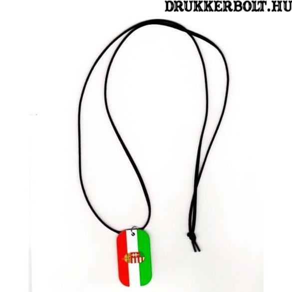 Magyarország trikolor dögcédula bőrszíjjal - szurkolói termék