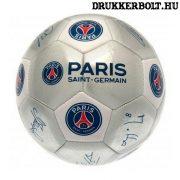"""Paris St. Germain """"Signature"""" labda - normál (5-ös méretű) PSG címeres focilabda a csapat tagjainak aláírásával"""